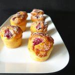 Muffins au chocolat blanc et à la framboise