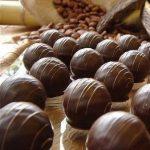 Truffes à la noix de coco et à la fraise