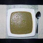 Velouté de poireaux et de lentilles au yaourt