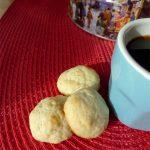 Biscuits à la banane, à la noix de coco et au rhum