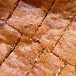 Gâteau moelleux aux raisins secs et au chocolat