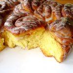 Pumpkin cinnamon rolls (brioche roulée au potiron et à la cannelle)