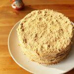 Medovik cake (gâteau russe au miel)